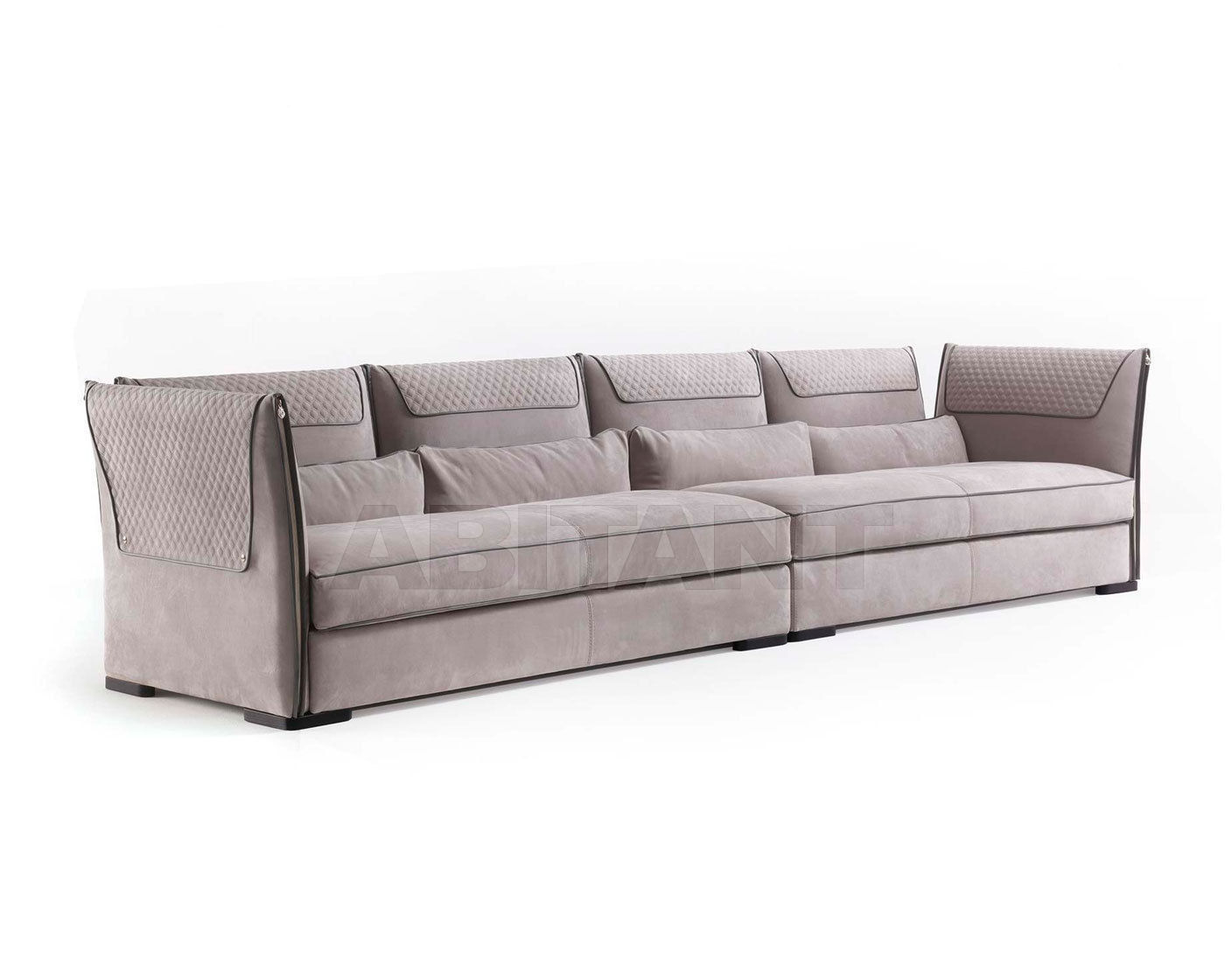 Sofa clivio gray vittoria frigerio by frigerio poltrone e for Divani ecopelle poltrone e sofa
